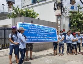 """Đối tác """"ùn ùn"""" kéo đến công ty của chồng ca sĩ Thu Minh để đòi nợ"""