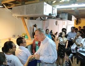 Đại sứ Hoa Kỳ giao lưu với các em nhỏ Đà Nẵng