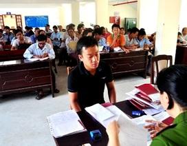 """Quảng Nam: Ùn ứ người làm hộ khẩu sau khi Điện Bànđược """"lên"""" thị xã"""