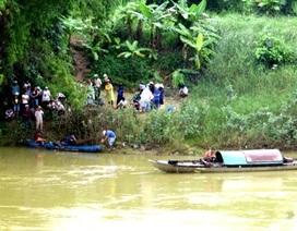 Thuê taxi đến giữa cầu rồi nhảy xuống sông tự vẫn