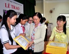 Năm 2015, Hội Khuyến học Quảng Nam trao hơn 178 ngàn suất học bổng