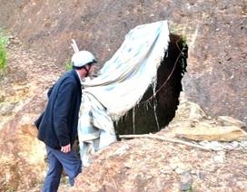 Vụ Bí thư huyện đào hầm xuyên núi: Tỉnh đang chờ kết quả kiểm tra