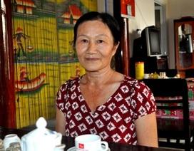 Người phụ nữ  bán hàng rong nuôi 5 con ăn học thành tài