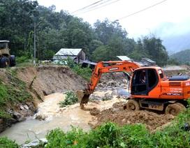 Khẩn trương thông đường lên huyện Nam Trà My