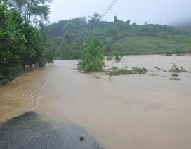 Một công nhân thủy điện bị nước lũ cuốn mất tích