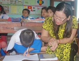 Cô giáo chắp cánh tương lai cho học sinh khuyết tật