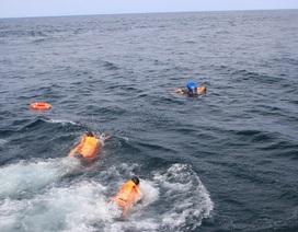 Gần 200 người tham gia tình huống cứu tàu, ngư dân gặp nạn trên biển