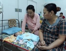 Vụ bé sơ sinh gãy tay, xẹp phổi: Đình chỉ bác sĩ trực tiếp điều trị