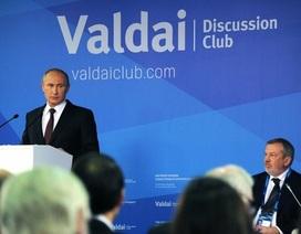 Ông Putin tiết lộ đã cứu ông Yanukovich thoát họng súng trường