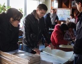 Cử tri Ukraine bầu cử quốc hội mới