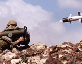 """Ấn Độ chi nửa tỷ USD mua tên lửa Israel, """"chê"""" tên lửa Mỹ"""