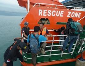 Indonesia mở rộng quy mô tìm máy bay mất tích lên 13 vùng