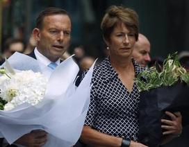 Thủ tướng Úc đặt hoa tưởng niệm các nạn nhân vụ bắt cóc