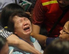 Tìm thấy các thi thể vụ rơi máy bay AirAsia