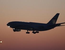 Máy bay Trung Quốc bị trễ vì hành khách cãi nhau, tiếp viên mải mua sắm