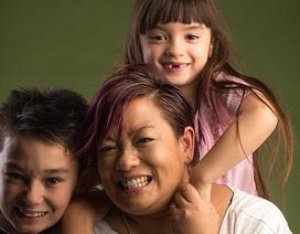 """""""Bé gái"""" đến Úc trong hộp đựng giày khắc khoải tìm lại cội nguồn Việt"""