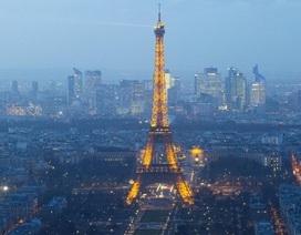 Pháp bắt 3 nhà báo vì điều khiển máy bay không người lái