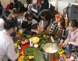 Tết cổ truyền ấm áp trong lòng người Việt tại Pháp