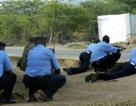 Các tay súng bắt cóc nhiều sinh viên làm con tin tại Kenya, sát hại 14 người