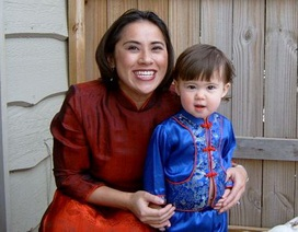 Cuộc đoàn tụ xúc động trên đất Việt của cô bé mồ côi