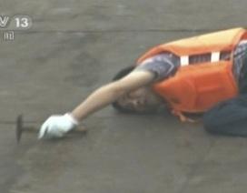 Nạn nhân kêu cứu từ tàu chìm trên sông Trường Giang