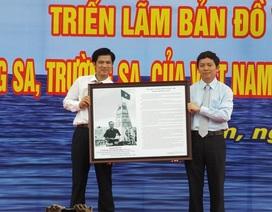 Trưng bày 100 bản đồ khẳng định Hoàng Sa, Trường Sa là của Việt Nam