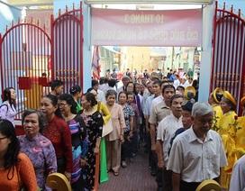 Hàng ngàn người dâng hương, dự lễ Giỗ Tổ Hùng Vương ở phố biển