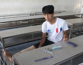Gãy chân vẫn quyết tâm không bỏ kỳ thi THPT quốc gia