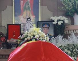 Hình ảnh xúc động phút vĩnh biệt phi công anh dũng lái máy bay L39
