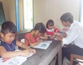 Lớp học 4 học sinh trên vịnh Nha Trang bước vào năm học mới