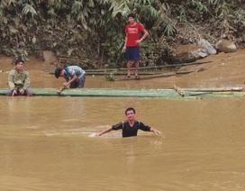 Thanh Hóa: Hàng nghìn người dân vẫn bị cô lập trong lũ