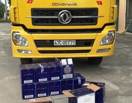 Bắt xe tải chở gần 300 chai rượu ngoại không rõ nguồn gốc