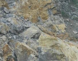 Mỏ đá sập vùi lấp 7 người, đang nỗ lực giải cứu các nạn nhân