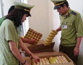 Phát hiện, bắt giữ hàng nghìn quả trứng gà nhập lậu từ Trung Quốc