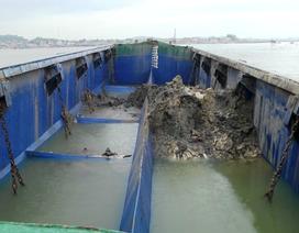 Vụ tàu xả thải xuống biển: 600 tấn chất thải có nguy hại không?