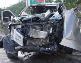 Vụ xe đi ăn cưới gặp nạn: Xe bán tải chở quá số người quy định