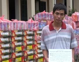 Bắt vụ vận chuyển lượng lớn pháo nổ từ Lào về Việt Nam