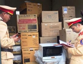 Bắt giữ vụ vận chuyển hơn 1.000 chai rượu ngoại nhập lậu