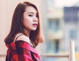 Miss Teen thân thiện Hồ Bích Trâm hờ hững vai trần xuống phố