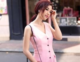 Á hậu Hoàng Oanh dạo phố sành điệu với gam màu pastel