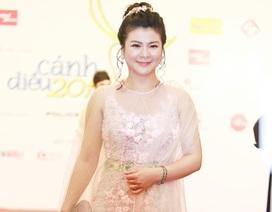 """NSƯT Kim Oanh: """"Bộ váy người nói đẹp, người chê sexy quá, xã hội mà"""""""