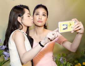 Chi Pu, Phạm Hương thân thiết như chị em
