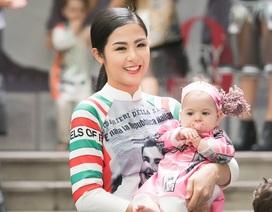 Hoa hậu Ngọc Hân hóa mẹ hiền của các trẻ em Ý