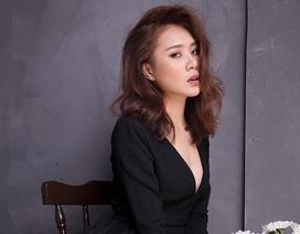 Miss Teen Hồ Bích Trâm đẹp mơ màng với đầm voan bó sát