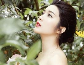 Cảm động câu chuyện gom tiền lẻ đêm mưa gió của nữ diễn viên 9X