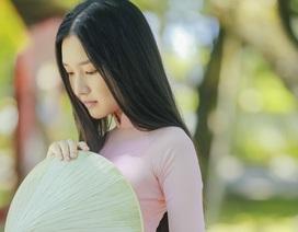 """Nhan sắc """"nàng thơ xứ Huế"""" vào chung kết Hoa hậu Việt Nam"""