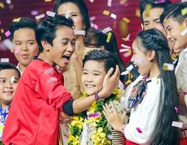 """""""Tài năng chèo nhí"""" Nhật Minh giành ngôi quán quân The Voice Kids"""