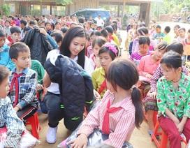 2.000 trẻ em vùng cao Lào Cai được tặng áo ấm