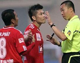 Trọng tài bóng đá: Làm không nổi thì phải mời người ngoài