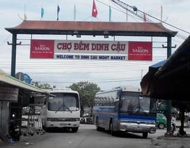 """Tiểu thương hoang mang vì chợ đêm """"trứ danh"""" của Phú Quốc sắp đóng cửa"""